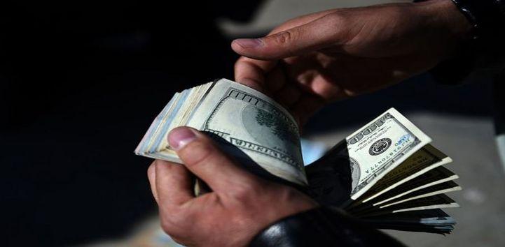 طالبان دلار را در ایران گران میکند؟!