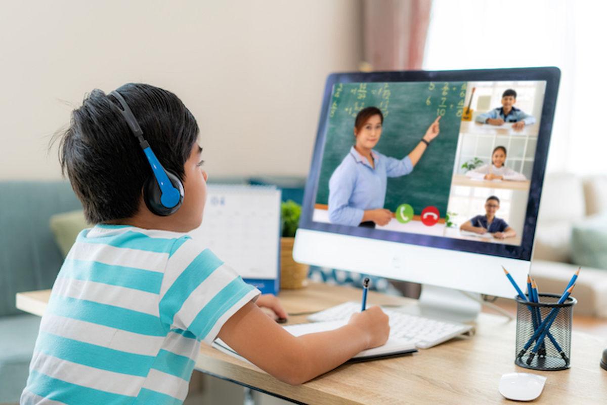 ۱۳ میلیون دانشآموز با نسخه جدید «شاد»، به صورت مجازی آموزش می بینند