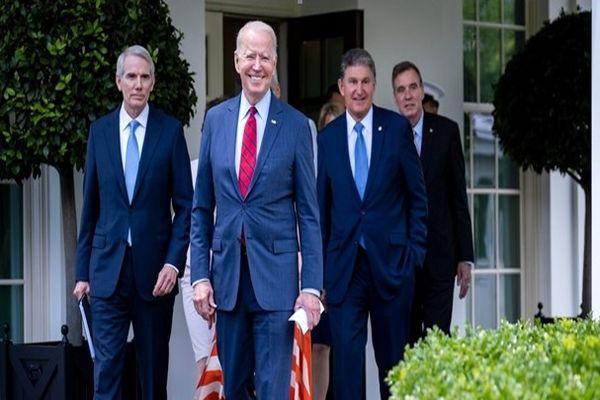 بایدن و سناتورها، در مسیر توافقی گسترده در بحث زیرساختها