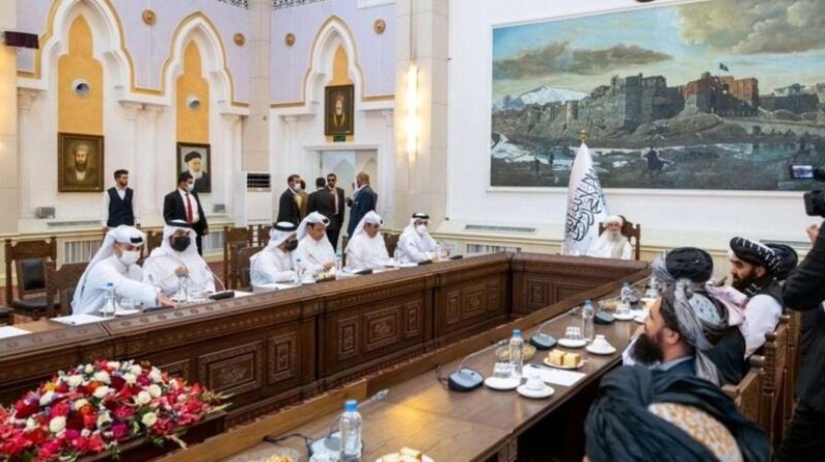 دیدار و گفت وگو وزیرخارجه قطر با سرپرست نخست وزیری افغانستان